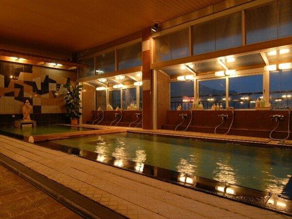 【男性・大浴場】夜のイメージ