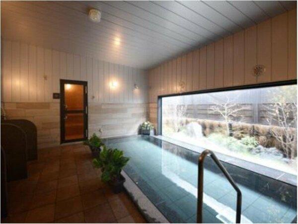 ラジウム人工温泉の大浴場