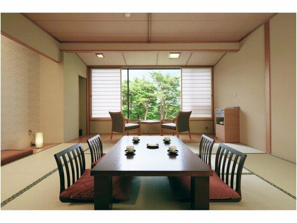 落ち着いた雰囲気の中、ゆったりと過ごしいただけます/松林側客室