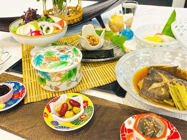 炊き立てご飯に合う食材を厳選した和食膳(朝食)