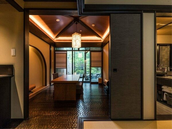 新緑の季節 露天風呂付特別室 大涌谷
