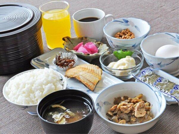 【朝食一例】和食膳をご提供しております。