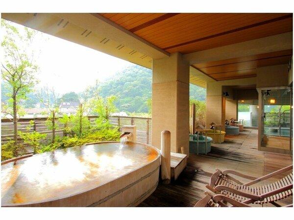 【展望露天風呂】6F 清流の湯
