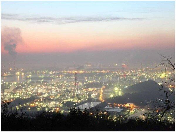 【夜景】水島コンビナートの夜景です