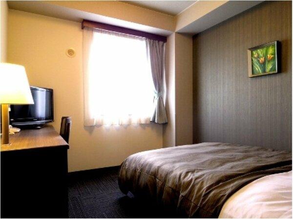 シングルルーム:無料Wi-Fi、加湿機能付空気清浄器、液晶TV完備!