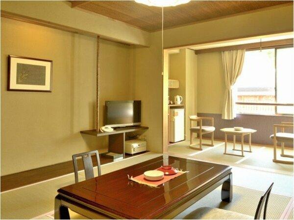 【基本客室】和室10畳。人気のスタンダードタイプ