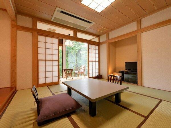 *[湯ノ沢館]和室8畳「くれない」/禁煙のお部屋。少人数旅行にピッタリのお部屋です。