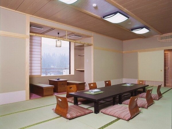 【和室大部屋】16畳の一例です。