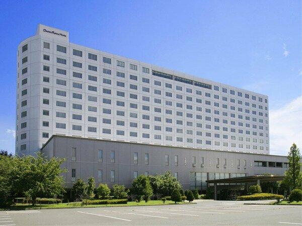 [外観]地上13階建て、総客室数345室の大型リゾートです。
