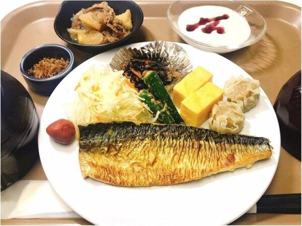 ご朝食の焼き魚定食