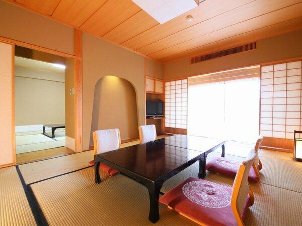 本館【10+7畳】 広々とした二間続きのお部屋。大家族様でも余裕でご利用いただけます。