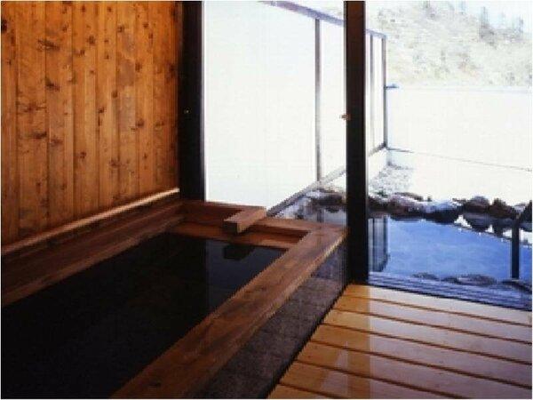 【和楽亭】和楽亭のお部屋専用内湯と露天風呂。