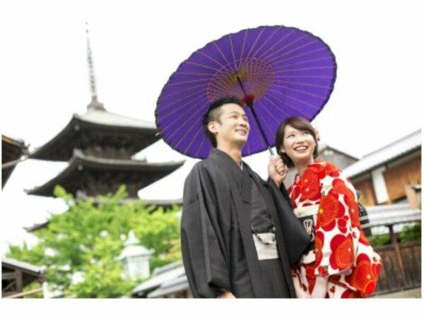 夢京都高台寺店にてお好みのお着物屋お浴衣をレンタルする事が出来ます。