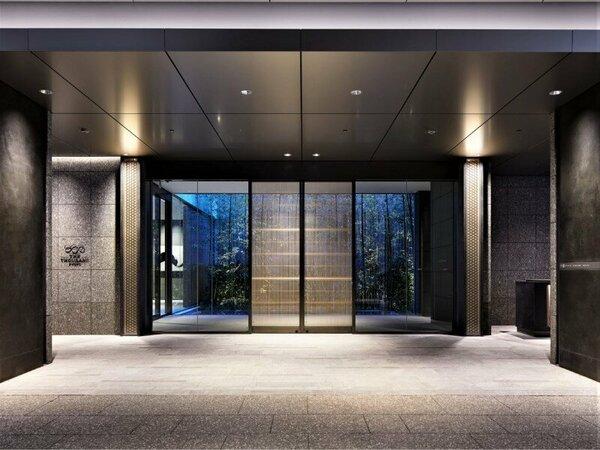 エントランス / Entrance