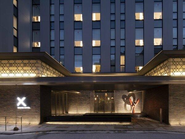 クロスホテル京都メインエントランス
