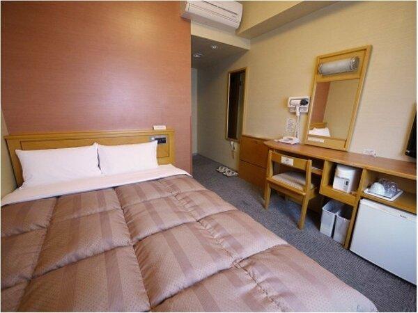 【セミダブル】ベッドサイズ140×196(cm)■全室無料インターネット回線、加湿機能付空気清浄器