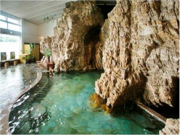 天然海上大岩風呂【荒磯の湯】