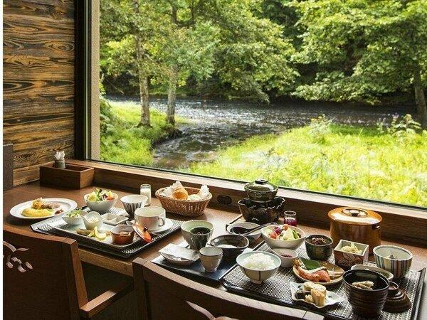 レストラン『ワッカピリカ』はアイヌ語で「美しい・水」の意