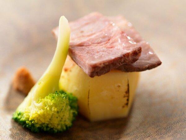 ◆コタン膳/旬の味覚を大切にした和食をご堪能ください。(写真は一例)