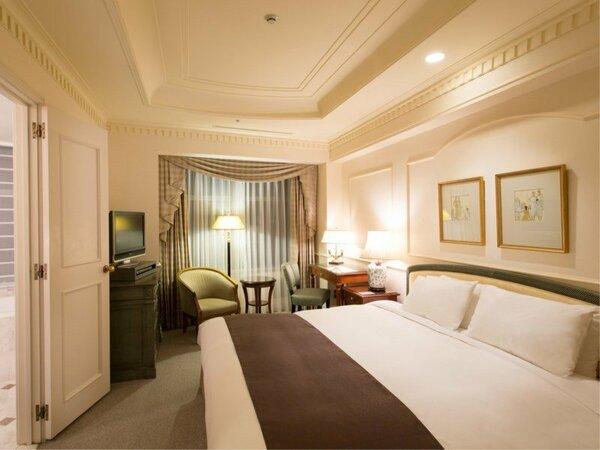 マンハッタンスタンダードダブル(30平米) ベッド幅200cmのキングサイズダブル 高層階確約