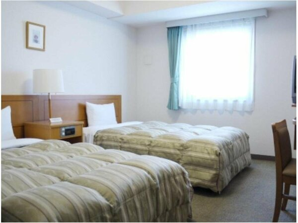 ツインルーム:全室無料Wi-Fi&加湿機能付空気清浄器完備