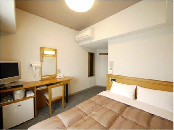 セミダブルルーム:全室無料Wi-Fi&加湿機能付空気清浄器完備