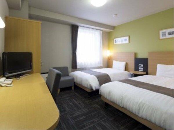 【ツインエコノミー】広さ18平米/ベッド幅123cm×2台