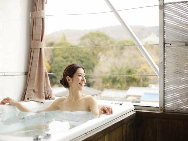 外風呂からは東大寺・若草山が一望出来ます。