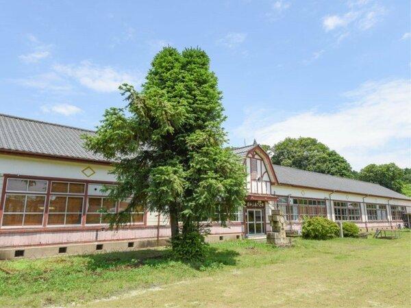 *昭和ふるさと館/つい童心に帰る品が沢山。お子様と一緒に旧学校の校舎を探検下さい