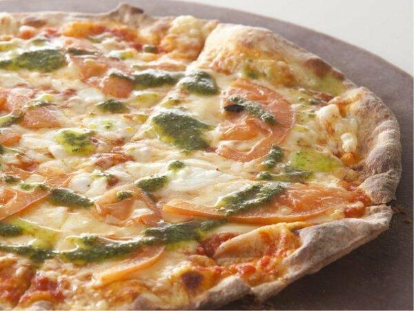 【創作イタリアン】焼きたてのピッツァをお席までお持ちいたします♪