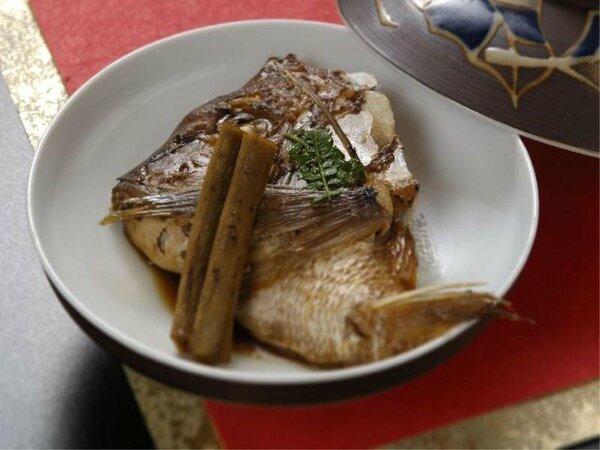 望湖楼の定番♪伝統の味♪「鯛の荒炊き」