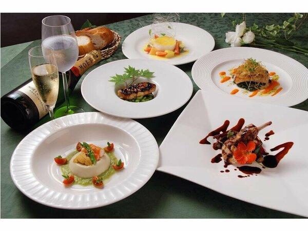 料理の一例(イメージ)四季のフレンチフルコース ※飲み物は含まれません。
