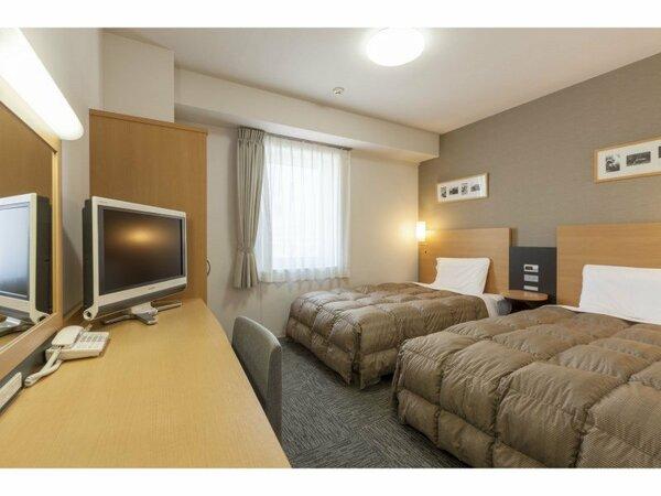 【ツインエコノミー】広さ18/ベッド幅123cm×2台