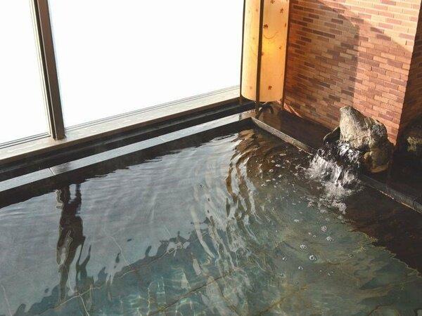【大浴場】『女性内湯』温泉の泉質はナトリウム・カルシウム塩化物泉です。