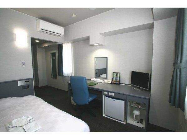 シングルルーム 18平米~ 全室ダブルベッド