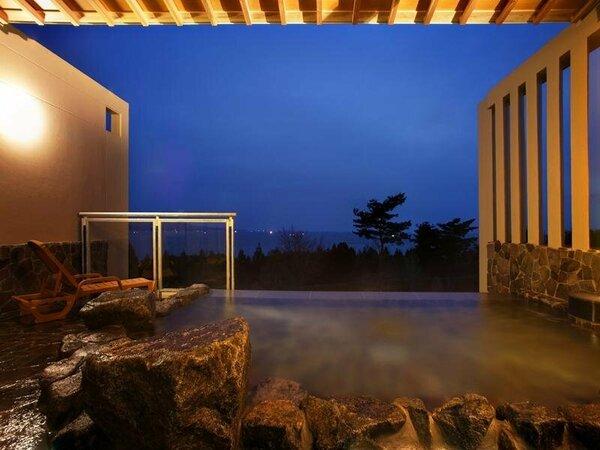 夜の露天風呂も綺麗ですよ!
