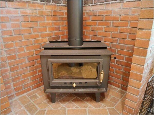 ペットリゾートハウスA 暖炉