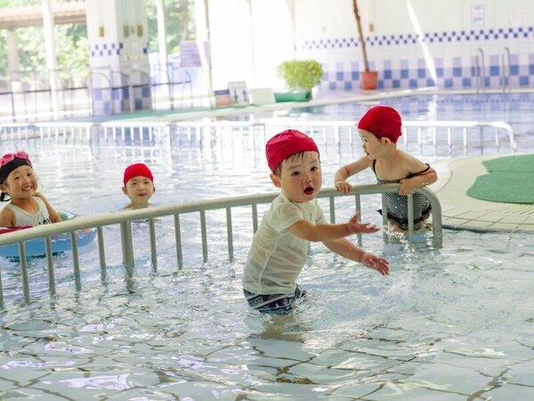 雨でも遊べる室内温水プール(キッズプール深さ30cm・60cmを完備)◆10:00~21:00