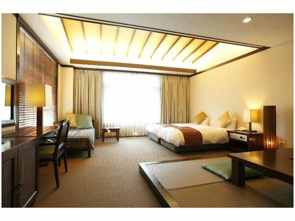 バリ直輸入の家具を配したナチュラルテイストのオリエンタル和洋室。