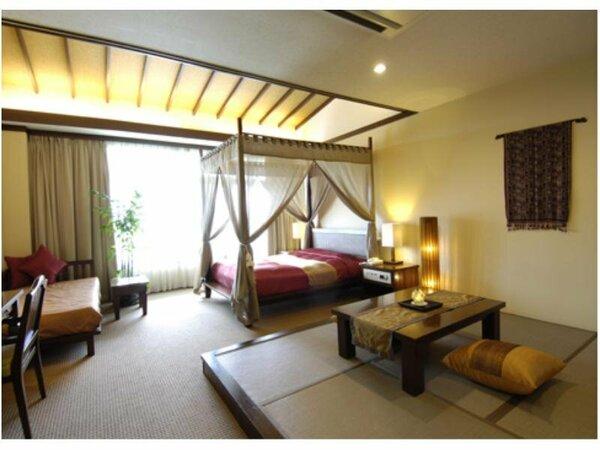 天蓋付きのベッドが嬉しい和洋室タイプのオリエンタルダブル(客室例)