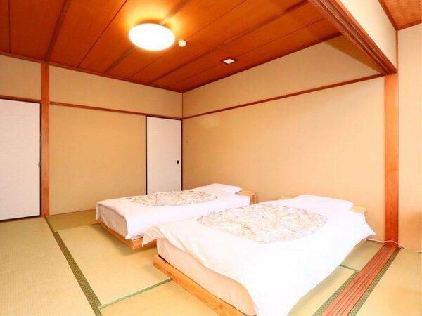 *3階のテラスなしで広縁付きの和室10畳☆寝心地のいいフランスベッドを導入。