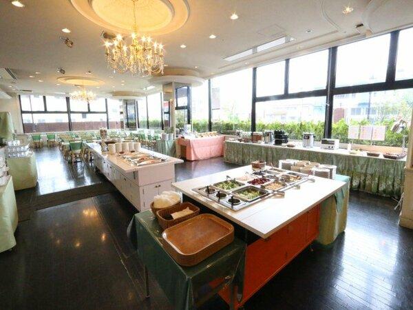 レストラン「ラ・ベランダ」店内画像