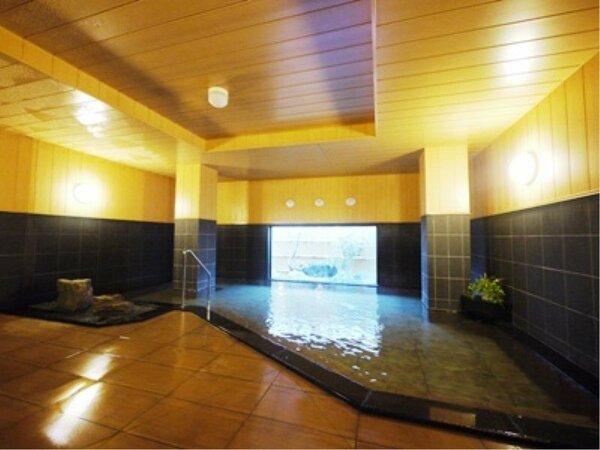ラジウム人工温泉「旅人の湯」水当たりが軟らかく肌に潤いを与える人工温泉です。