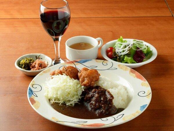 夕食プラン:アパ社長カレー定食