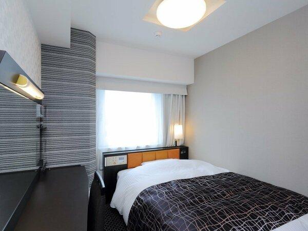 シングルルーム 9平米/140cm幅ベッド1台
