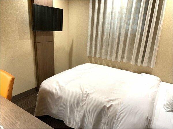 【禁煙】リニューアルDXシングルルーム(ベッド幅140センチで快適)2019年改装。14平米。