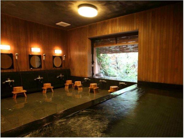 公共のお風呂は麦飯石を通していますので、温浴効果や美肌効果があります。