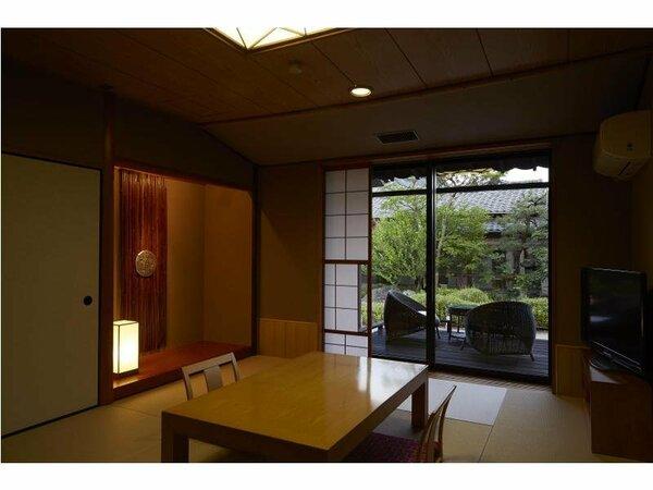 客室(庭園側)