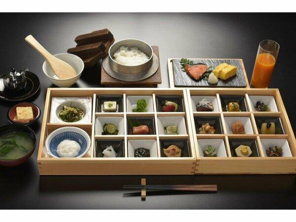 厳選した素材を、料理人が一品一品手間隙惜しまず丁寧に仕上げた和朝食膳です。