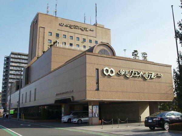 JR深谷駅前、観光・ビジネスの拠点として利便性の高いシティホテルでくつろぎの空間を提供いたします。